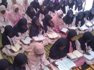 filles_institut_ahmed_sakhir_lo