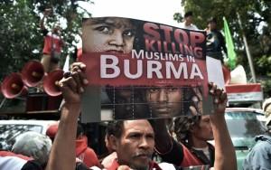 Soutien-Rohingyas-minorite-musulmane-Birmaniedune-manifestation-Jakarta-Indonesie-26-2015_0_1399_880